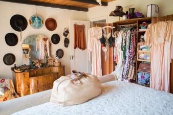 Inspiring Vintage Bohemian Bedroom Decorations09