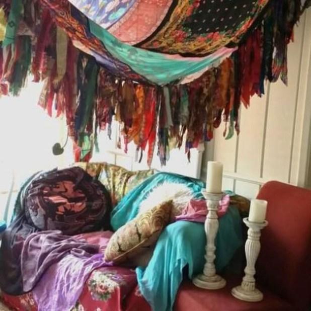 Inspiring Vintage Bohemian Bedroom Decorations20