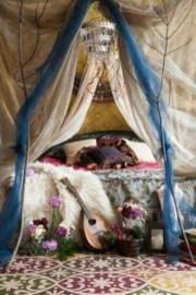 Inspiring Vintage Bohemian Bedroom Decorations21