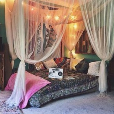 Inspiring Vintage Bohemian Bedroom Decorations35