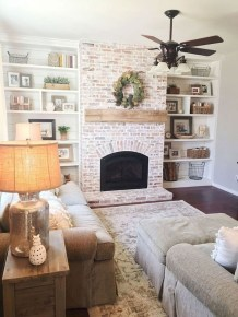 Rustic Brick Fireplace Living Rooms Decorations Ideas33