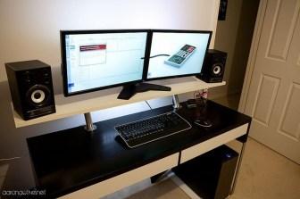 Simple Desk Workspace Design Ideas 29