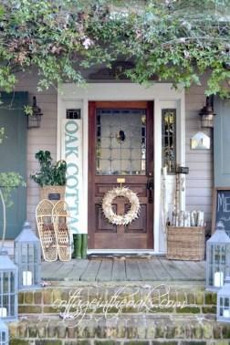 Amazing Farmhouse Winter Decoration Ideas07