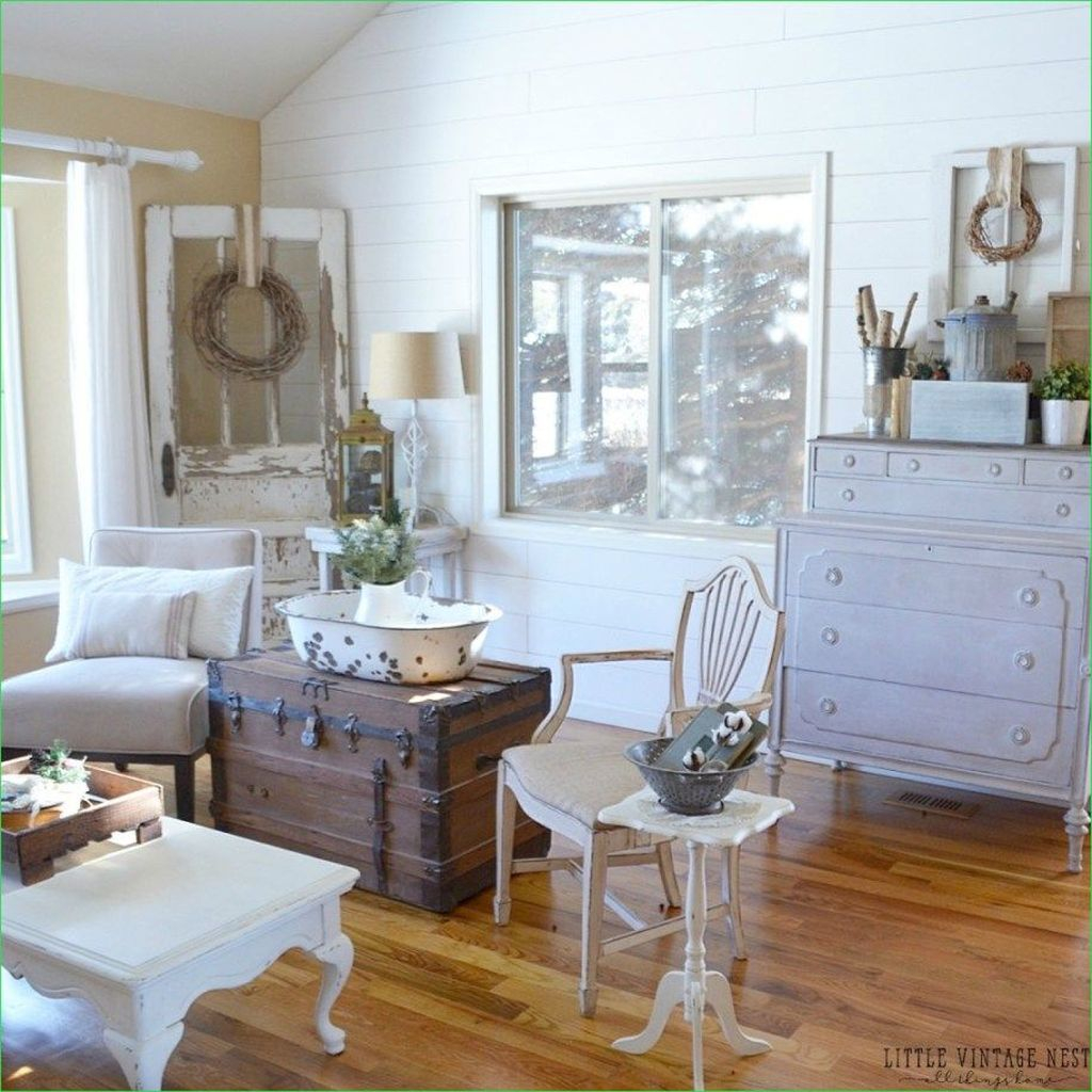 Amazing Farmhouse Winter Decoration Ideas23