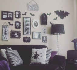 Attractive Diy Halloween Living Room Decoration Ideas11