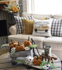 Attractive Diy Halloween Living Room Decoration Ideas16