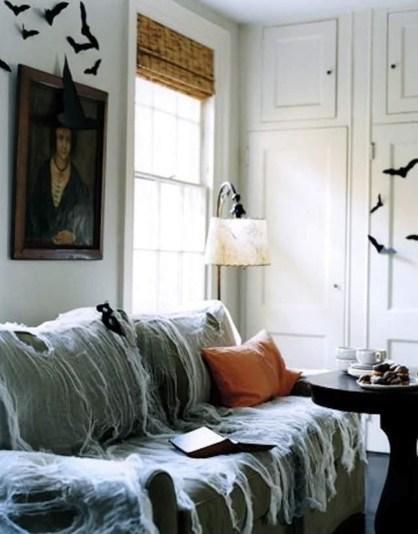 Attractive Diy Halloween Living Room Decoration Ideas19