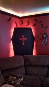 Attractive Diy Halloween Living Room Decoration Ideas24