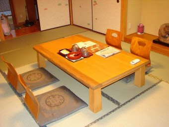 Creative Wooden Dining Tables Design Ideas05