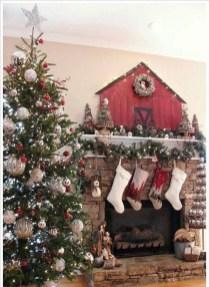 Fantastic Winter Mantle Decoration Ideas22