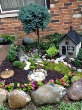 Impressive Magical Mini Garden Ideas09