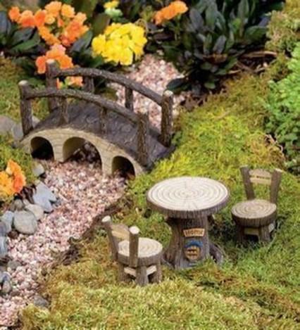 Impressive Magical Mini Garden Ideas11
