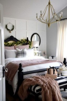 Perfect Winter Bedroom Decoration Ideas22