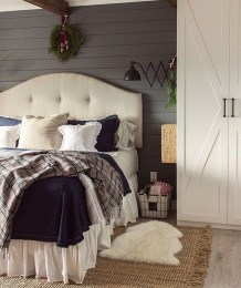 Perfect Winter Bedroom Decoration Ideas26