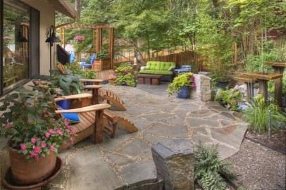 Pretty Grassless Backyard Landscaping Ideas05