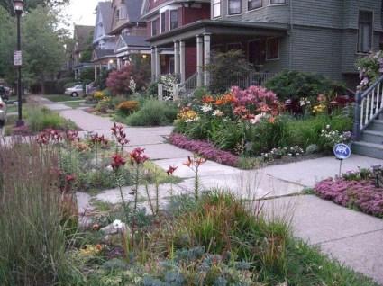 Pretty Grassless Backyard Landscaping Ideas28