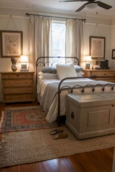 Romantic Rustic Farmhouse Bedroom Design And Decorations Ideas41