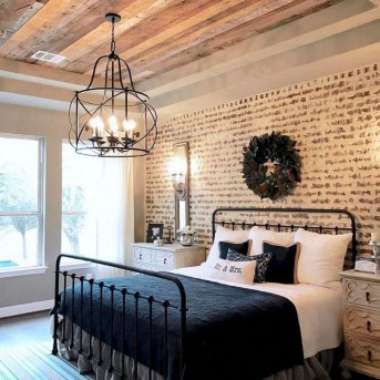 Romantic Rustic Farmhouse Bedroom Design And Decorations Ideas42