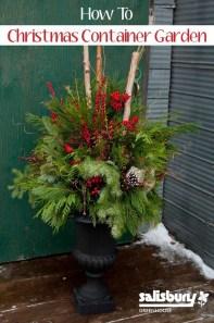 Amazing Outdoor Christmas Ideas For Porch Décor42