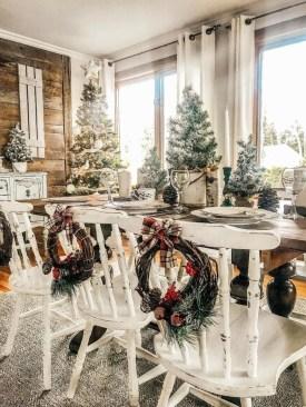 Awesome Farmhouse Christmas Ideas16