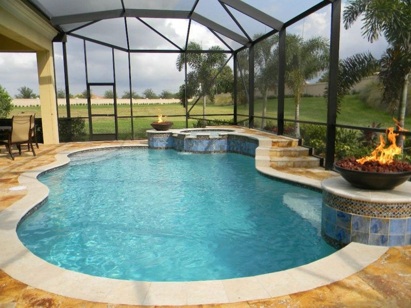 Cozy Swimming Pool Design Ideas For Your Home Backyard23