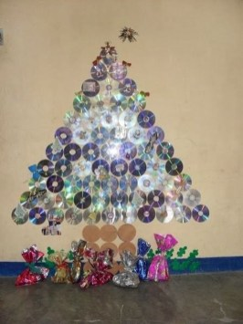 Diy Wall Christmas Tree Ideas07