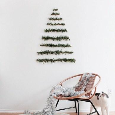 Diy Wall Christmas Tree Ideas27