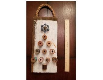 Diy Wall Christmas Tree Ideas32