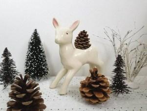 Fascinating White Vintage Christmas Ideas32