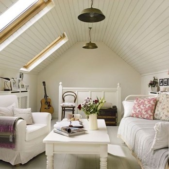 Modern Attic For Christmas20