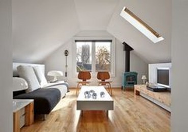 Modern Attic For Christmas30