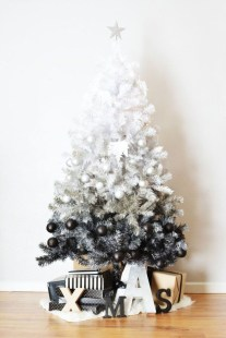 Modern Christmas Tree Alternatives Ideas39