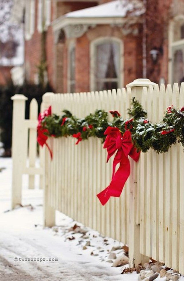 Outdoor Decoration For Christmas Ideas32