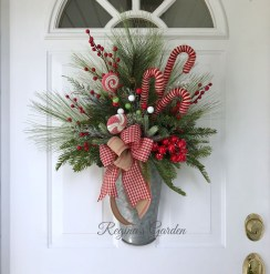 Perfect Candy Cane Christmas Decor Ideas For Your Home26