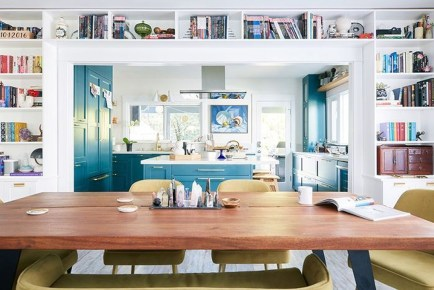 Relaxing Blue Kitchen Design Ideas For Fresh Kitchen Inspiration43