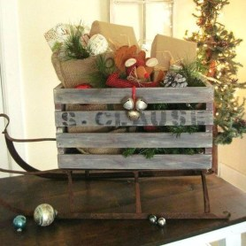 Unique Sleigh Decor Ideas For Christmas29