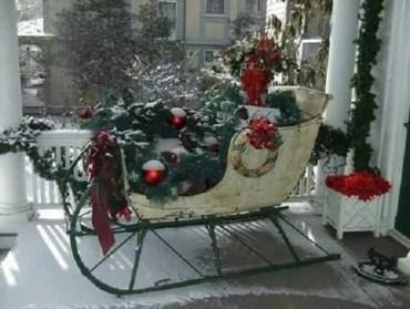 Unique Sleigh Decor Ideas For Christmas31