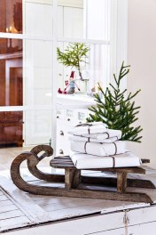 Unique Sleigh Decor Ideas For Christmas39