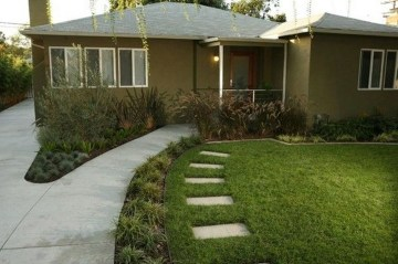 Amazing Grass Landscaping For Home Yard16