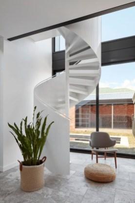 Amazing Modern Staircase Design Ideas09