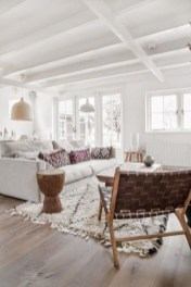 Amazing Scandinavian Livingroom Decorations Ideas18