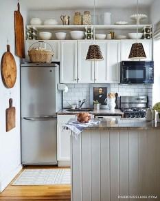 Amazing Small Apartment Kitchen Ideas05