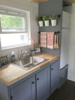 Amazing Small Apartment Kitchen Ideas33