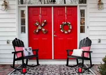 Amazing Valentine Porch Ideas37