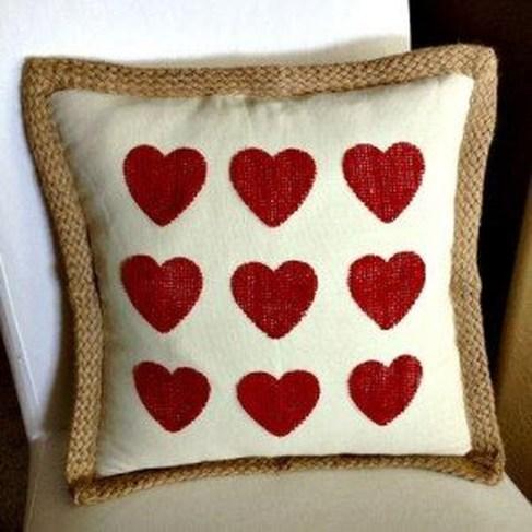 Amazing Valentine Porch Ideas48