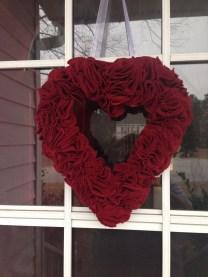 Amazing Valetine Frontyard Ideas23