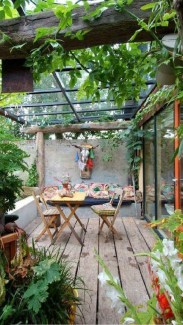 Awesome Rustic Balcony Garden03