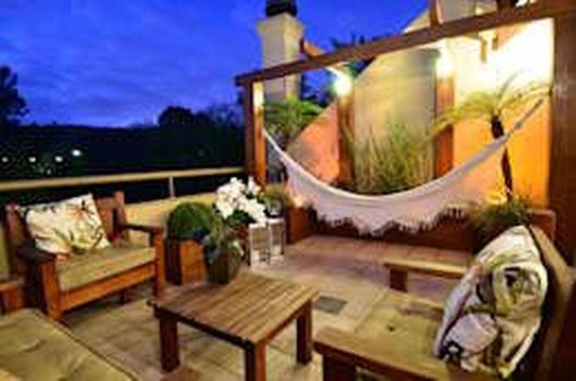 Awesome Rustic Balcony Garden16
