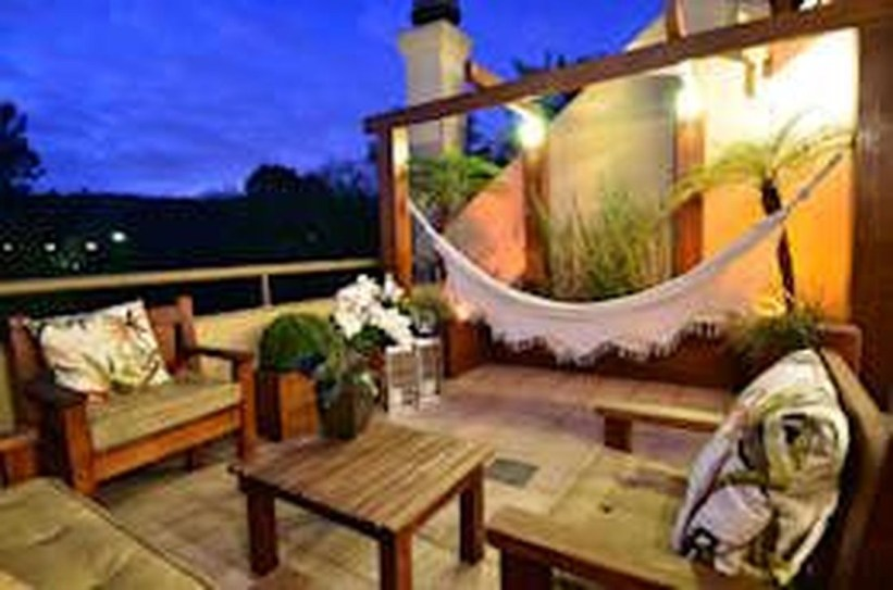 Awesome Rustic Balcony Garden16