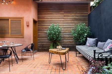 Awesome Rustic Balcony Garden20